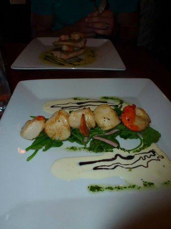 The Horseshoe : scallops