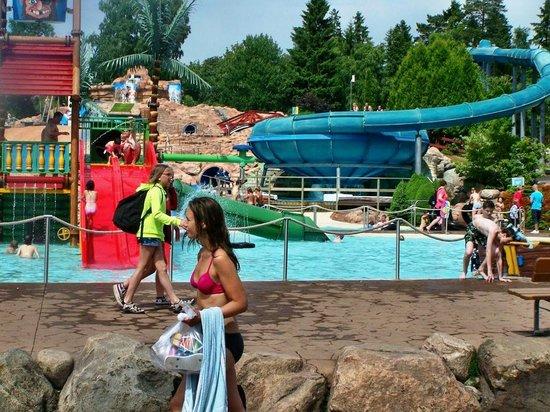 Skara Sommarland: Swimming Pool Fun!