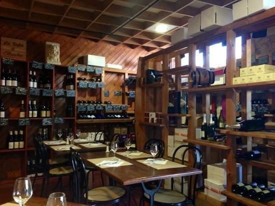 La Taverne de Tasdon : Une partie de la cave...