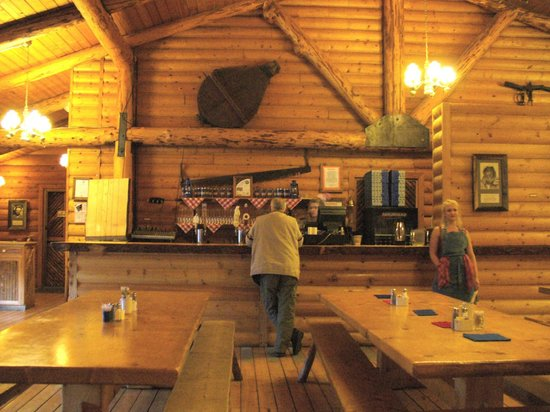 Alaska Cabin Nite Dinner Theater: The Bar