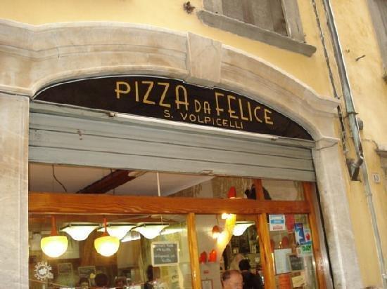 Pizzeria da Felice: L'insegna di Felice