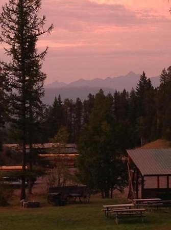 Glacier Outdoor Center: sunset from cabin 2