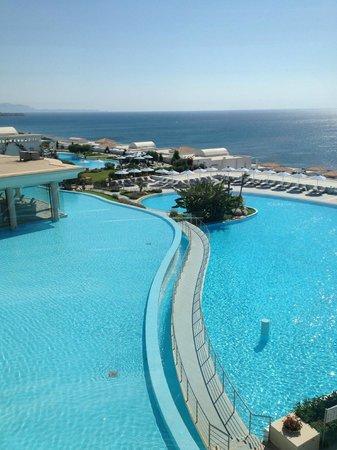 Atrium Prestige Thalasso Spa Resort and Villas: Blick aus dem gläsernen Aufzug