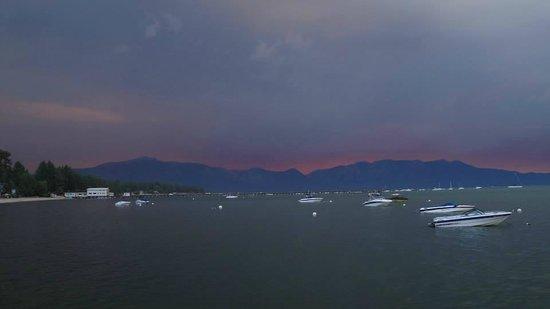 Aston Lakeland Village Beach & Mountain Resort: Sunset again.