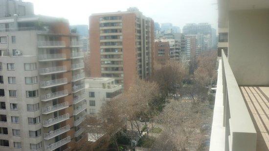 Versalles Suites: Vista da varanda do apartamento
