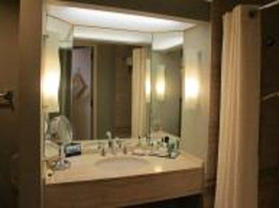 Hilton Los Angeles/Universal City : Executive Room 2161