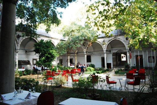 The garden of Daruzziyafe restaurant