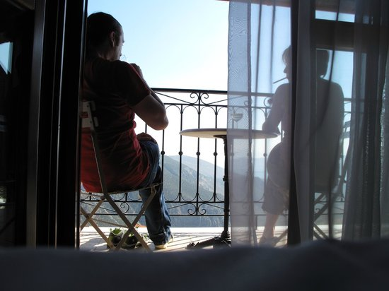 Hotel Arion : from the bedroom towards the marvellous view of Corith gulf