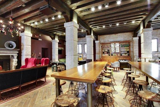 Generator Hostel Venice: Lounge Area