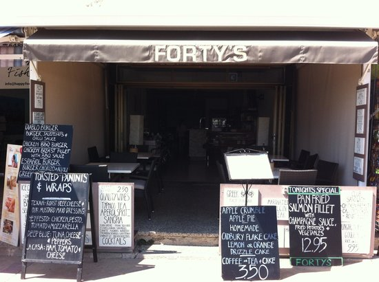 Forty's : Fortys