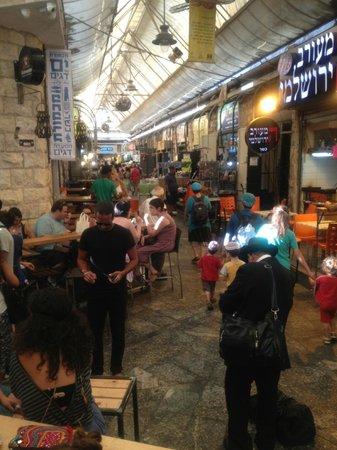Pasta Basta: Vue du bar