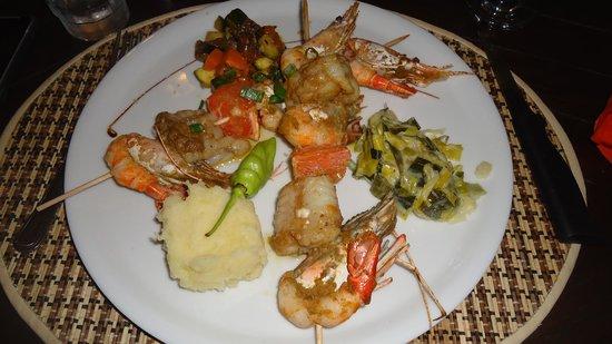 Au bon Vivre: Brochette de Ouassous & St Jacques au Curry Vert