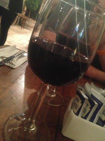 Eldad Vezehoo: Verer de vin
