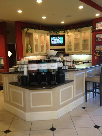 Hilton Garden Inn Beaumont : coffee and tea