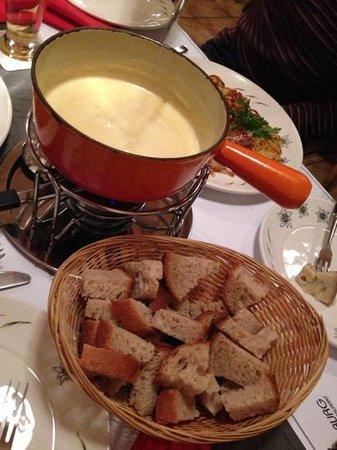 Restaurant Aarburg: Cheese fondue