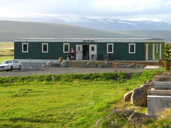 Storulaugar Guest House : Reception/dining/housing mobil unit