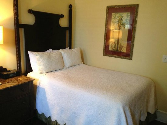 Andrew Pinckney Inn: Bedroom