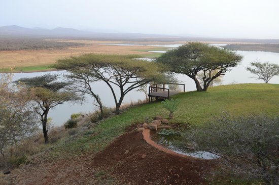 Nkwazi Lake Lodge: panorama