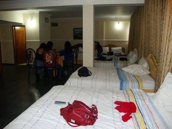 Costa Real Hotel Maracaibo: habitacion quintuple