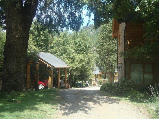 Apart Peumayen: Vista de la entrada al complejo