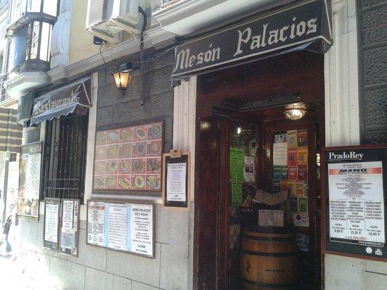 Palacios Restaurante: fachada