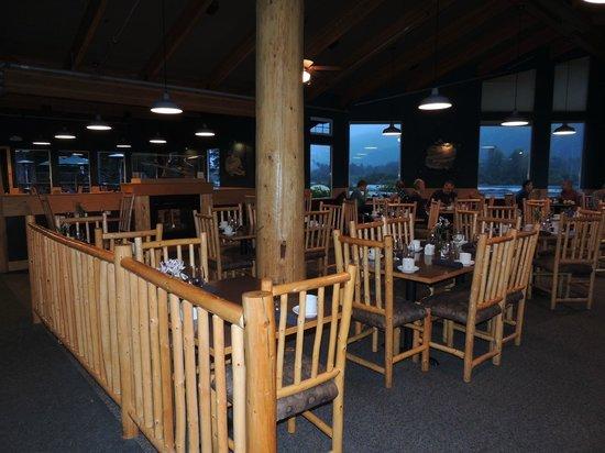 Seward Windsong Lodge: Inside Restaurant