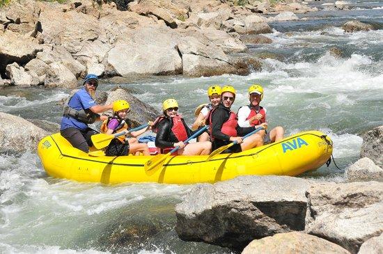 Arkansas Valley Adventures : Fun in the rapids!