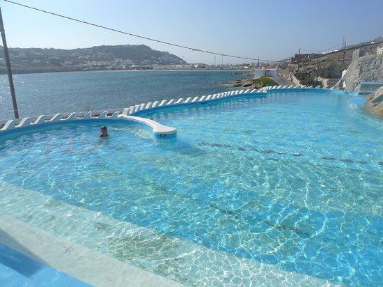 Mourtzakis: La piscina d'acqua salata