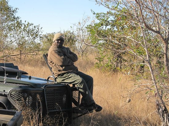 Shindzela Tented Camp: Kenneth the Tracker