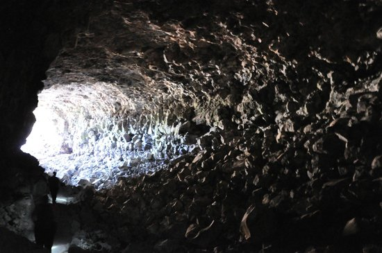 Lava Beds National Monument: Skull Cave