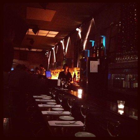 Gran Bar Danzon: Atmosphere