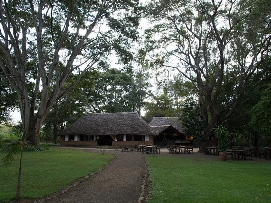 Rivertrees Country Inn: Main building for dinner and breakfast