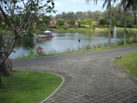 DoublePool Villas by Banyan Tree : Laguna