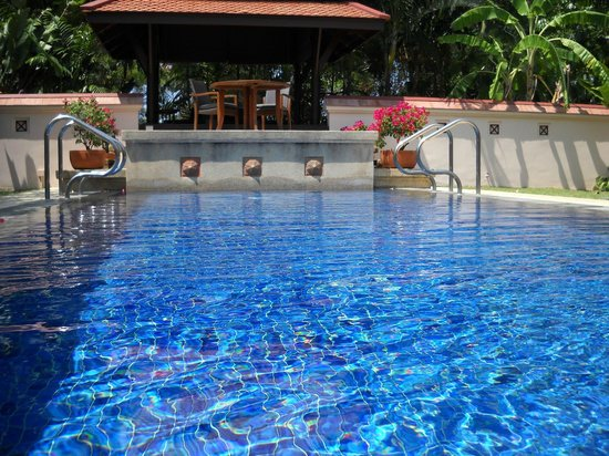 DoublePool Villas by Banyan Tree: Pool of the villa