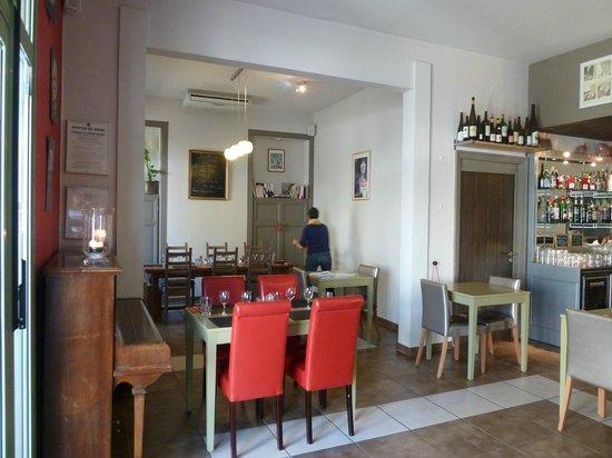 Saint'M en Provence: salle de restaurant