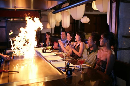 Jia : You can opt for teppanyaki and be dazzled by culinary fireworks, courtesy of your personal chef.