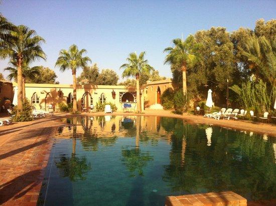 Hotel Dar Zitoune: Piscina 1