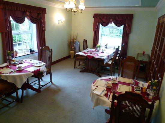 Villa Farm Bed and Breakfast: Breakfast/Dining Room