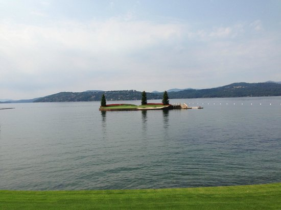 The Coeur d'Alene Resort : The floating Green