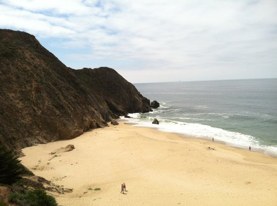 Gray Whale Cove State Beach: Gray Whale Cove