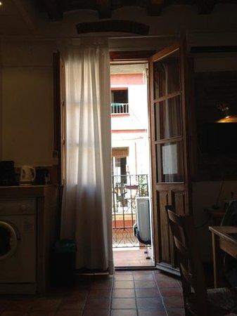 Banys de Mar - Apartamentos Barceloneta: balcony - Pepi