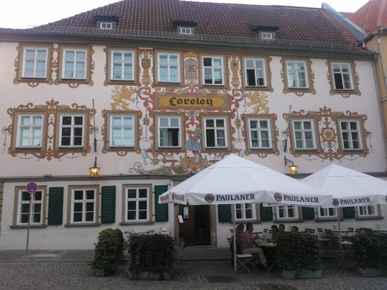Restaurant Loreley: Voorzijde restaurant