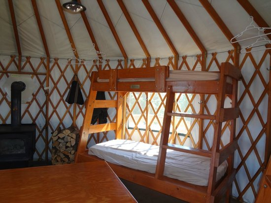 Idaho City Backcountry Yurts: Stargaze Yurt interior