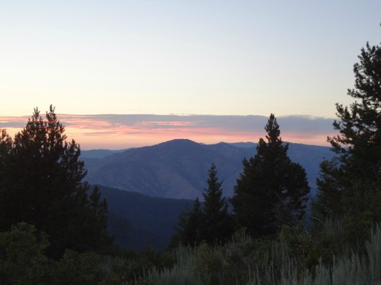Idaho City Backcountry Yurts: Stargaze Yurt view