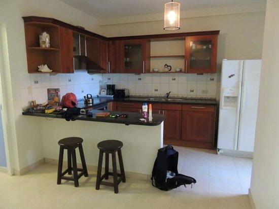 Bellafonte Luxury Oceanfront Hotel: Kitchen Room 204