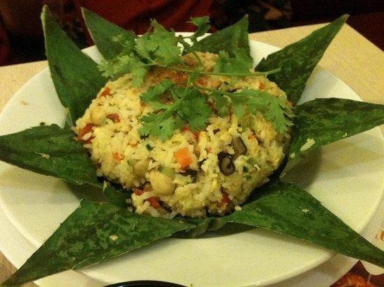Halal Saigon: Lotus fried rice