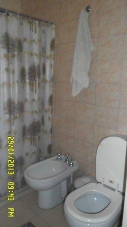 Hostel Ladera Norte: el baño de la habitación nº4