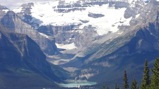 GyPSy Guide: Lake Louise and surrounding mountains