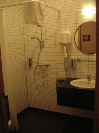 Guesthouse Steig: Bathroom