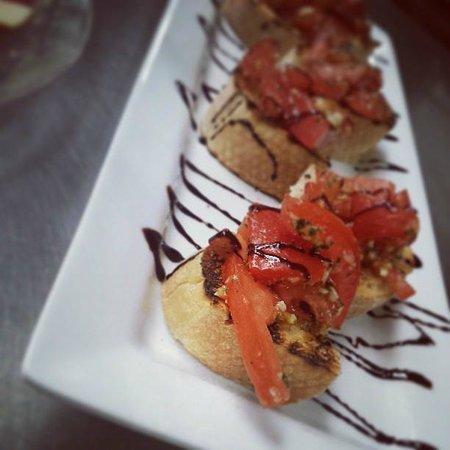 Antonios Italian Chophouse: Bruschetta